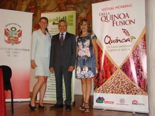 Console Generale del Peru Jose Ramiro Silva Simona Lauri Quotidie magazine e Maricela Sinchez