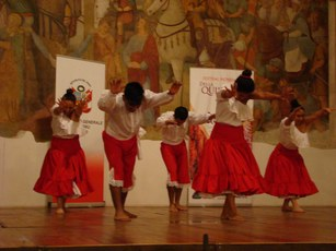 Esibizione di danze peruviane