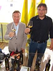 Rorato con un prodottore di vino