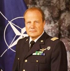 Gen. Angelo Arena Uff. Pilota dell' Aeronautica Militare Italiana